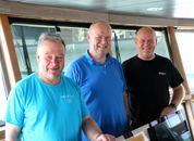 <p>Br&oslash;drene K&aring;re, Ole Morten og&nbsp;Geir Magne Madsen jobber sammen p&aring; familiens fiskeb&aring;t. Foto: Andrea B&aelig;rland</p>
