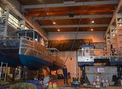 <p>Serviceverksemda har no inne heile fire fartøy som skal utrustast for Risnes Marine Craft, to av desse skal til Tombre fiskeanlegg og to til Firda Seafood. Foto: Therese Soltveit.</p>
