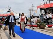 <p>Dagens hovedpersoner: Hans Herman Horn og Marit Bj&oslash;rgen. Foto: Redningsselskapet</p>