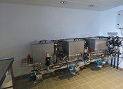 <p>Laboratorio de toma de muestras y análisis de aguas en Ronia Diamond.Imagen: Salmonexpert.</p>