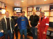 <p>Chris Hammerset (overstyrmann), Magnus Oterhals (elektriker), Erlend Kjørum (2. maskinist), kaptein Svein Wefring ogmaskinsjef Antonio Tunem.</p>