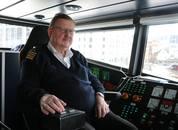 """<p>Torkild Fintland har jobbet på sjøen i 50 år, men MS """"Ekspressen"""" er blant favorittfartøyet. Foto: Vibeke Blich</p>"""
