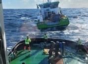 <p>Slepebåten «Stadt Sløvåg» fikk onsdag kveld sleper om bord i «AQS Tor» og den ankom Florø i Natt. Foto: Stadt Sløvåg/Stadt sjøtransport</p>