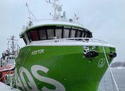 <p>Her ligger servicebåten «Tor» trygt i havn i Florø. Foto: Stadt Sløvåg</p>