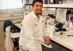 Estudiante de UACh investigará nuevas medidas para paliar enfermedades