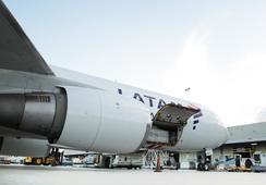 Latam Cargo fortalecerá sistemas de frío en Guarulhos para transporte de salmón