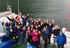 Aysén: Estudiantes de acuicultura refuerzan su formación visitando centro de cultivo