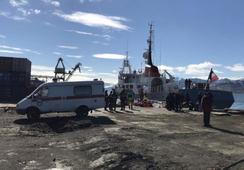 18 personer skadet etter båtulykke på Svalbard
