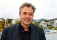 Sjøfartsdirektøren sykemeldt