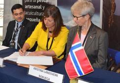 Sernapesca firma convenio de colaboración con Mattilsynet y NVI