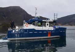 Dykkerbåt overlevert til SJ Dykk