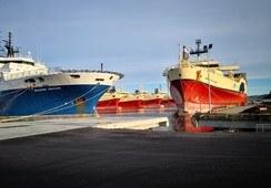 En tredjedel av alle offshorefartøy ligger i opplag