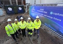 Buscan usar CO2 de central eléctrica para producir alimento de salmón