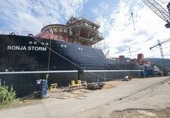 Wellboat más grande del mundo comienza a equiparse