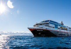 Hurtigruten lanserer tre hybridskip