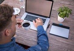 SalmonChile y FEN impulsan webinar gratuito sobre liderazgo en teletrabajo