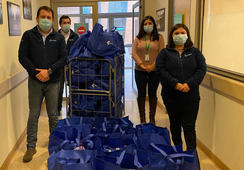 Omnifish entrega packs de aseo a pacientes del Hospital de Puerto Montt