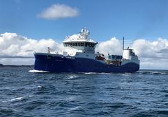 Moderno wellboat adquirido por Mowi Chile zarpa desde Noruega