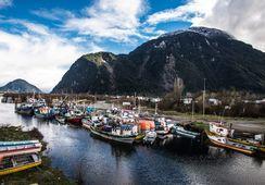 Los desafíos de la compleja relación salmonicultura, comunidad y medio ambiente