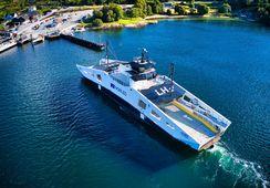 Primer ferry propulsado por hidrógeno recibe premio al Barco del Año 2021
