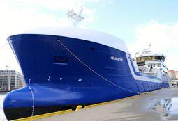 Bli med om bord i brønnbåten Ro North