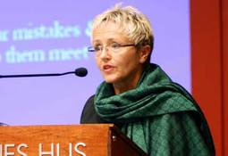 Samferdselsministeren lover biodiesel i ferger