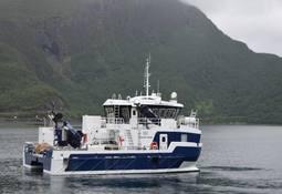 Servicekatamaran til oppdrett fra Grovfjord Mek.