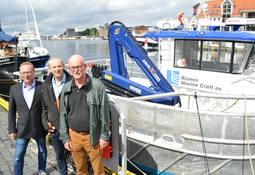 Risnes overleverte en av to arbeidsbåter til Tombre