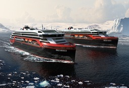 Hurtigruten deles i to og søker ny Norge-sjef
