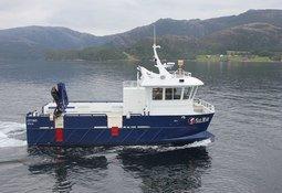 Verdens første el-båt til næringen er i rute