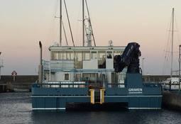 Risnesbåten Grimen overleveres Helgeland Oppdrettservice
