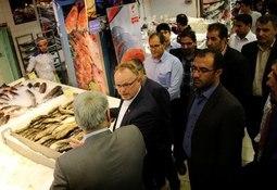 Fiskeriministeren kjørte kokkeshow i Iran