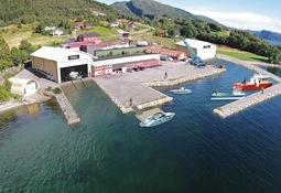 Venter ny slipp for servicebåter