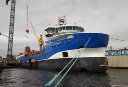 Bygger to nye brønnbåter