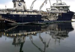 - Fyller brønnbåter med ferskvann i rekordfart