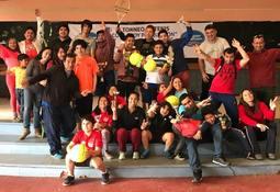 """Gran convocatoria tuvo el 1er Torneo de Tenis """"Copa Voy pa´ Quellón"""""""