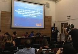 Panel técnico y comunidades costeras analizaron impacto de salmonicultoras