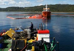 Weather delays plans to raise wellboat