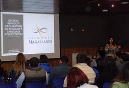 Salmones Magallanes organizó seminario de gestión y manejo de residuos