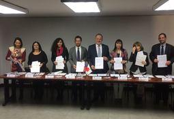 IFOP firmó dos proyectos con Japón y Australia para estudio de marea roja
