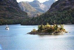 Polémica por reclasificación de Reserva Nacional Alacalufes