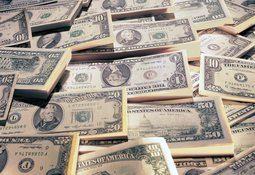 Dólar llegaría a $ 700 dentro de tres meses