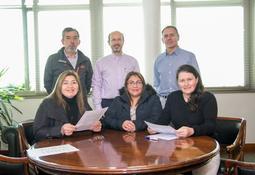 Salmones Blumar suscribió acuerdo de Buenas Prácticas Laborales con sus sindicatos