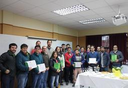 Culminan dos programas de Diploma UACh