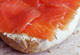 Descartan casos de listeria por consumo de salmón