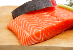 Precio del salmón noruego exhibe baja