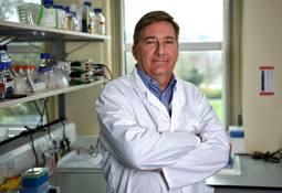 Experto mundial abordó la importancia de las citoquinas en la vacunación de peces