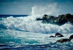 Anuncian nuevas marejadas para las costas de todo Chile