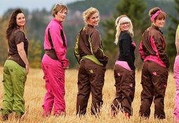 Designer yrkesklær for damer i havbruksnæringen
