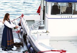 Hedret Edelfarm sin første ansatte under båtdåp